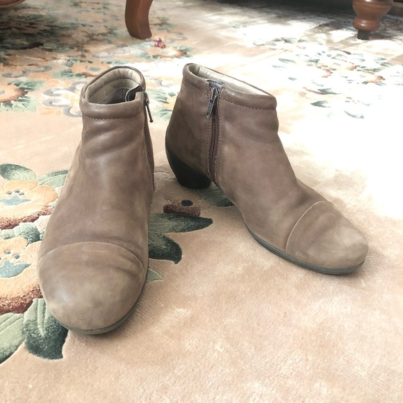 Ecco Taupe Suede Booties